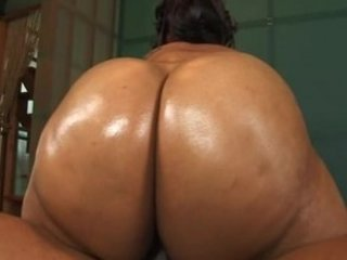 Bootylicious - Massive Wet Asses 4