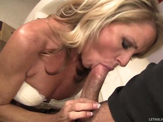Sexy MILF Nikki Charm gives each kind of oral pleasure