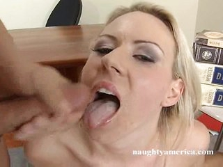 Carolyn Reese fills her mouth with a massive meat cock