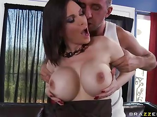 Hot big tit milf Diamond Foxxx fucked after deepth