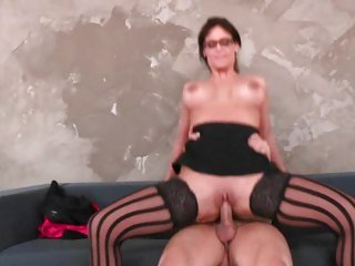 Busty Phoenix Marie bounces her pussy on a hard dick