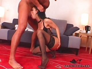 Nikki Rider Receives On The Floor Sucking A Biggest Cock