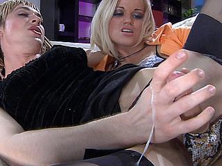 Susanna&Austin A ding-dong pussyclothed sex action