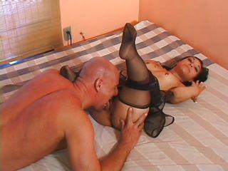 sexy midget brunette sucking guy big cock