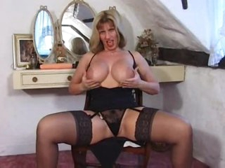 British milf in a fun tease of her hot body
