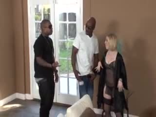 Housewife welcomes to black dudes to fuck her