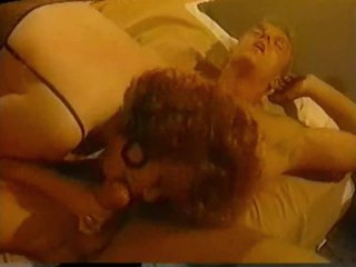 Classic porn three-some with busty girl